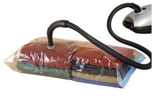 vakuumbeutel mit ventil luft aussaugen und kleidung sch tzen schnell und einfach. Black Bedroom Furniture Sets. Home Design Ideas
